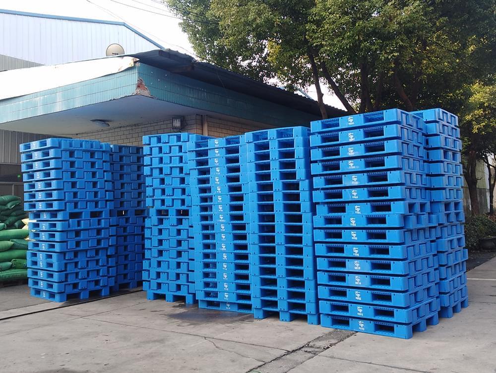 川字网格塑料托盘,一种可以上货架的塑料托盘